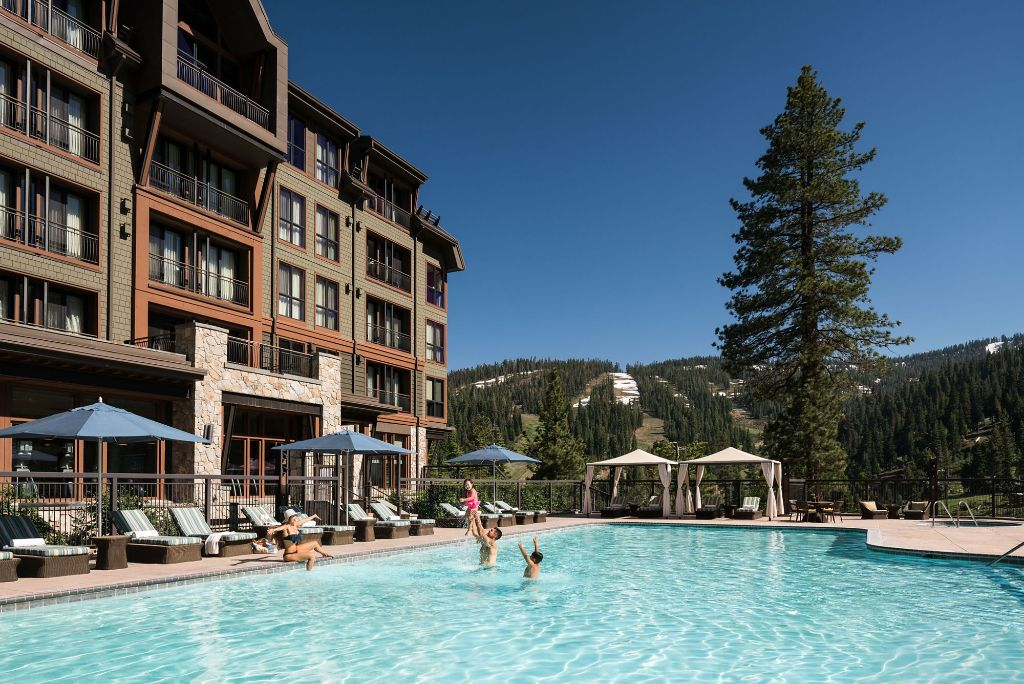 The Only 5 Diamond Mountain Resort in Northern California